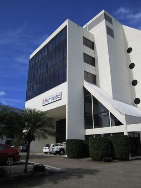 105 Upton Street BUNDALL QLD 4217