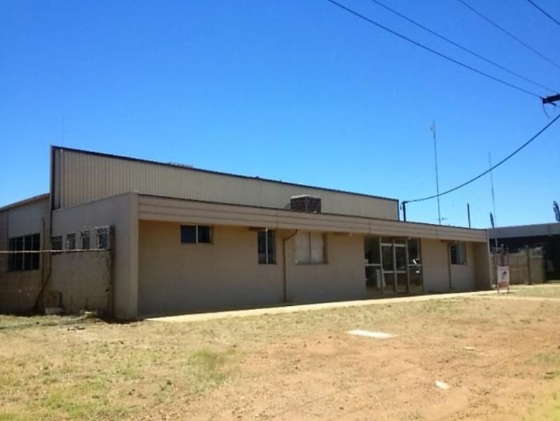 23-25 Commercial Rd MOUNT ISA QLD 4825