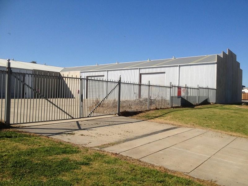 11 Lawson Street WAGGA WAGGA NSW 2650