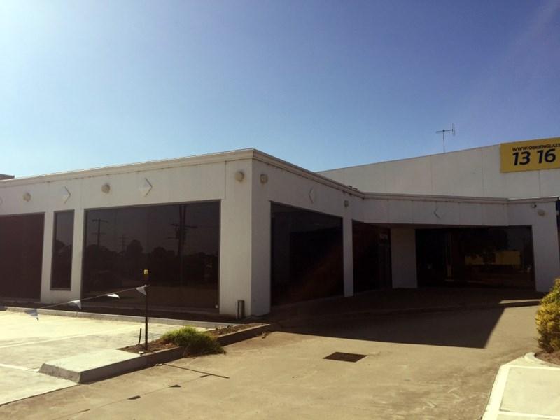 712 Geelong Road BROOKLYN VIC 3012