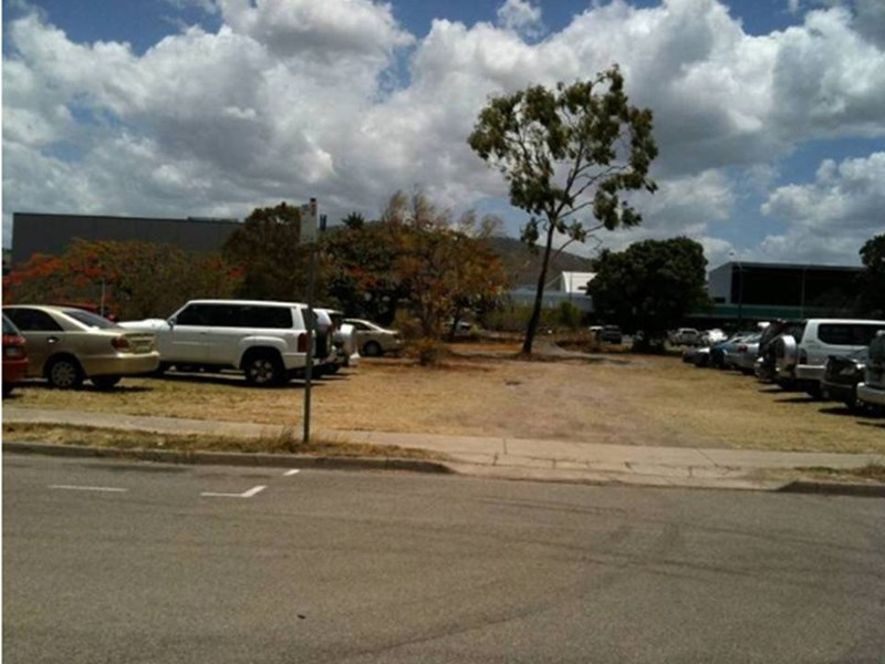 323 Ross River Road AITKENVALE QLD 4814