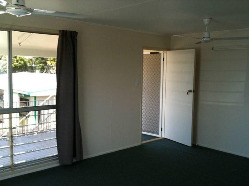 21 Thuringowa Drive KIRWAN QLD 4817