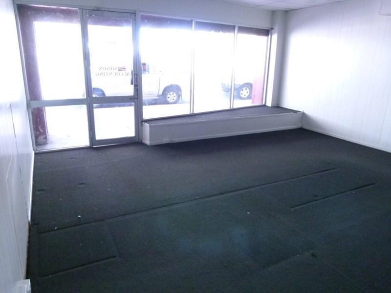 83-87 Eighth Avenue HOME HILL QLD 4806