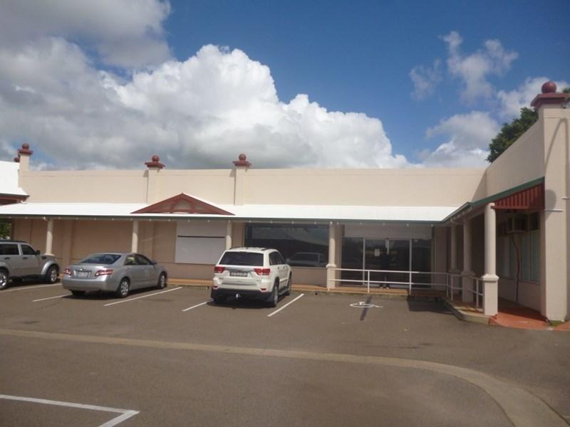 2/375 Charles Street KIRWAN QLD 4817