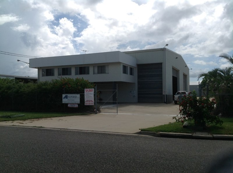 4 Trade Court BOHLE QLD 4818